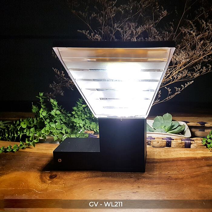 den-gan-tuong-nang-luong-mat-troi-wl211-