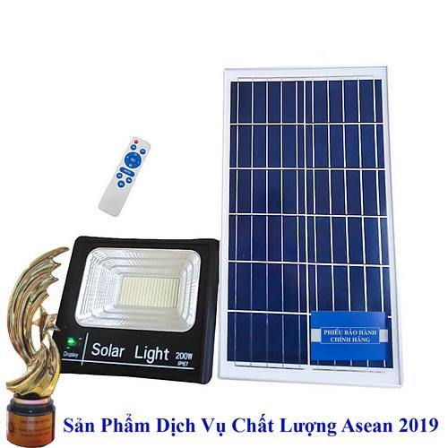 lắp đèn năng lượng mặt trời 200w, đèn năng lương mặt trời 200w, chuyên lắp đèn năng lượng mặt trời 200w giá rẻ, đèn năng lượng mặt trời 200w giá bao nhiêu