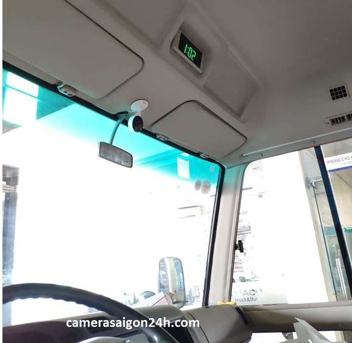 góc lắp camera giám sát trên xe chở học sinh