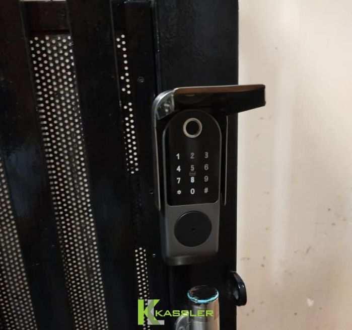 Khóa Vân Tay Cửa Cổng Kassler KL-579