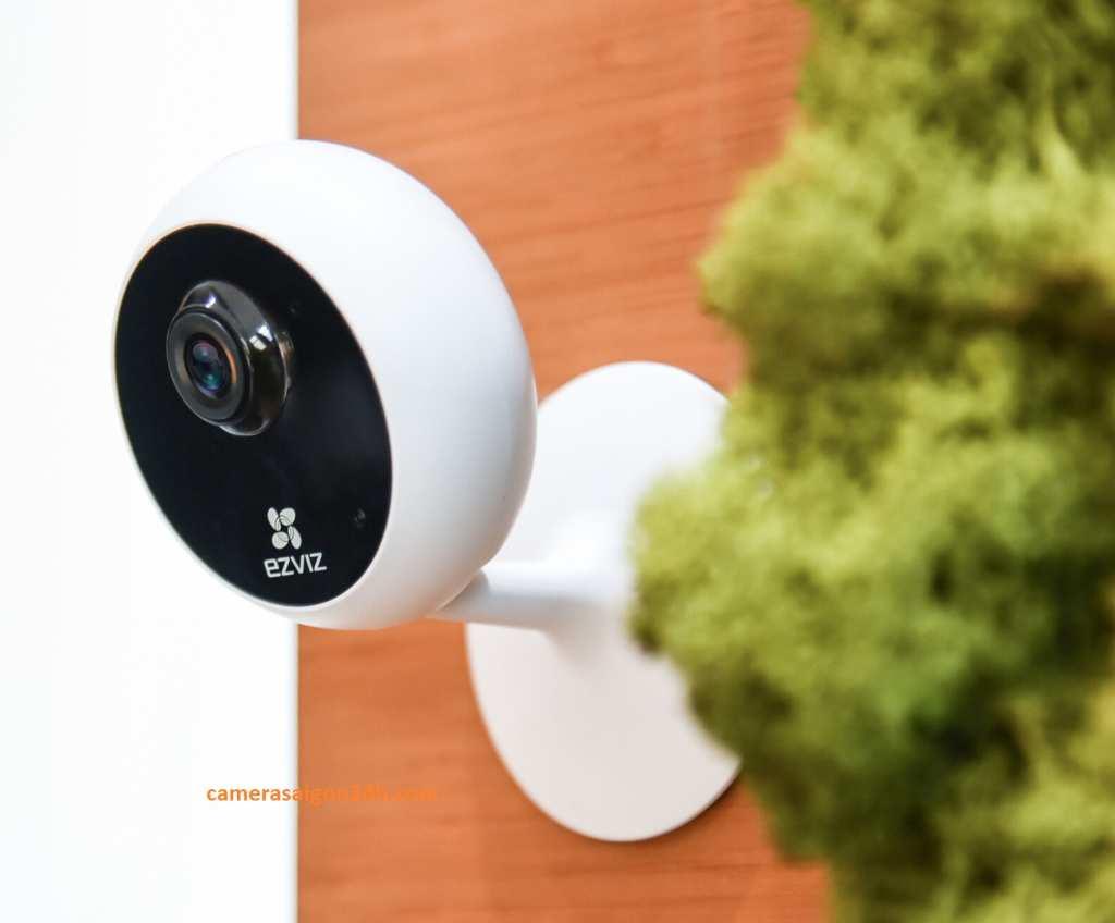 Lắp Đặt Camera Quan Sát IP Kết Nối Wifi CS-C1C-D0-1D2WFR Camera IP Wifi EZVIZ CS-C1C-D0-1D2WFR(C1C 1080P) có được tầm nhìn ban đêm khá tốt và có thể nhận đươc hình ảnh suốt ngày đêm. Đèn LED hồng ngoại