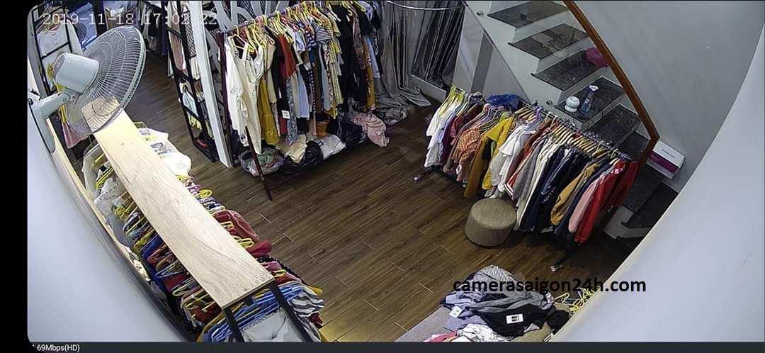 lắp camera giám sát cửa hàng shop thới trang chất lượng