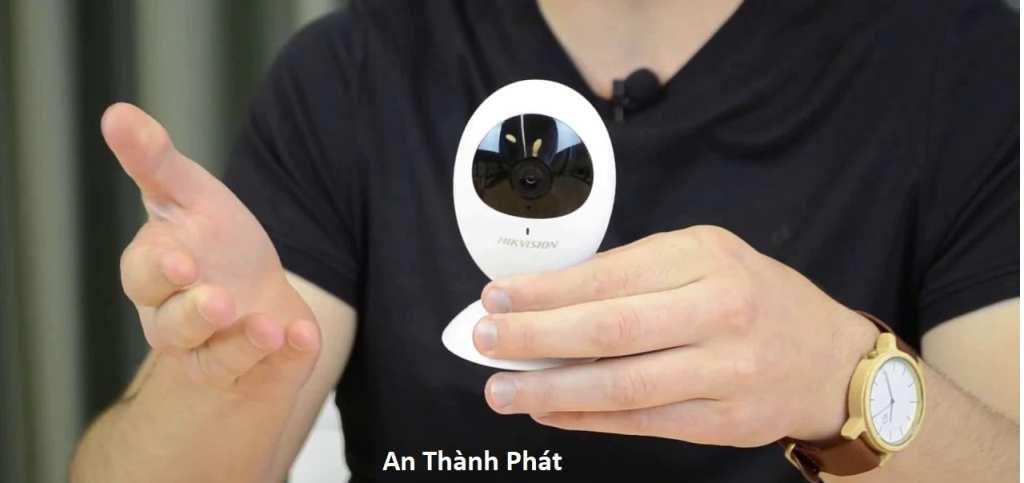 lắp camera wifi chính hãng hikvision DS-2CV2U01EFD-IW