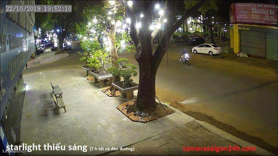 hình ảnh camera giám sát ban đêm có màu starlight hoăt động thiếu ánh sáng