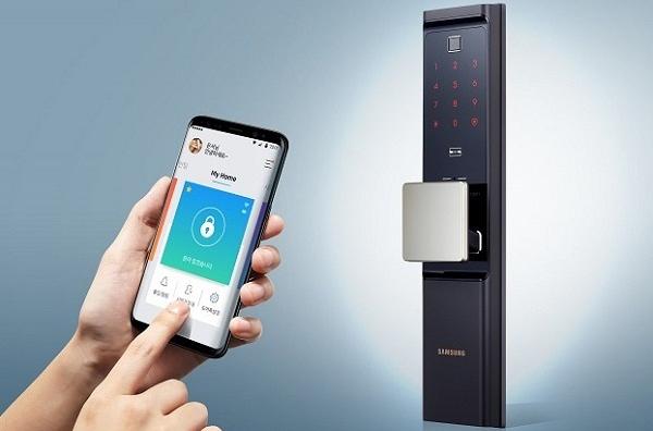 CÁC THƯƠNG HIỆU KHÓA CỬA ĐIỆN TỬ ĐƯỢC ưa chuộn Thật là thiếu sót nếu không nhắc đến thương hiệu Samsung trong lĩnh vực nhà thông minh, nơi mà Samsung giới thiệu một loạt các giải pháp tăng cường bảo mật